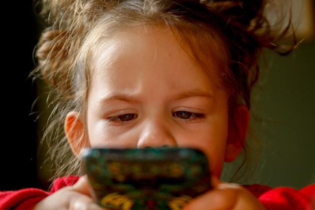 Jak doma zabavit děti?