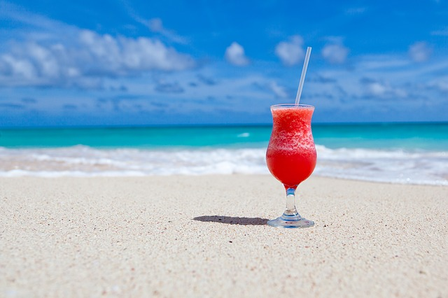 nápoj na pláži.jpg