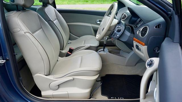 čistý interiér vozu